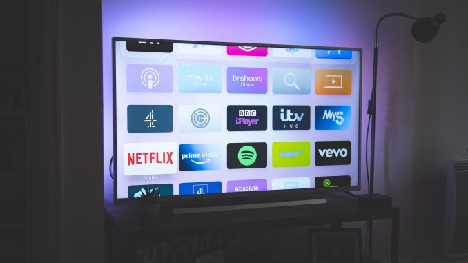 featured image - 5 Best 4k TVs For Watching Movies